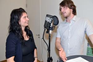 Angela Inglin und Flavio Gisler diskutieren über die Gleichstellung von Mann und Frau